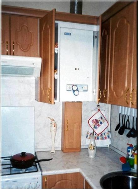как спрятать газовую колонку на кухне фото