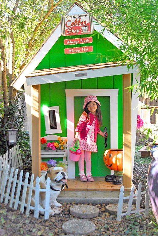 Как сделать маленький домик